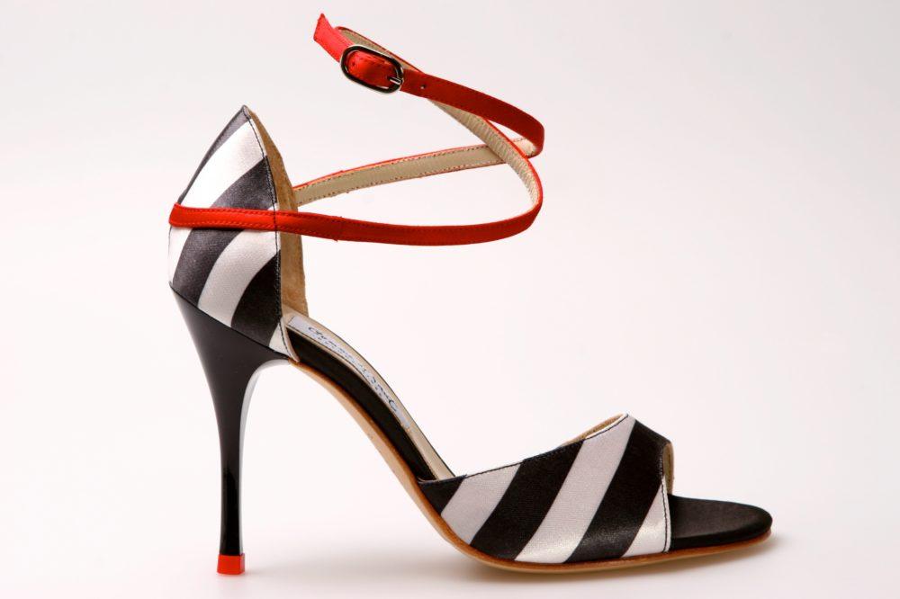 Buenos Aires Argentina Comme Il Faut tango shoe