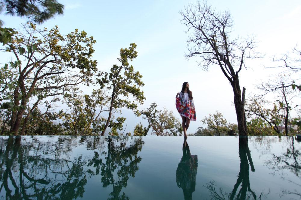 Infinity pool Ananda luxury resort