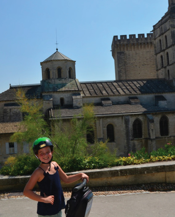 Avignon on two wheels