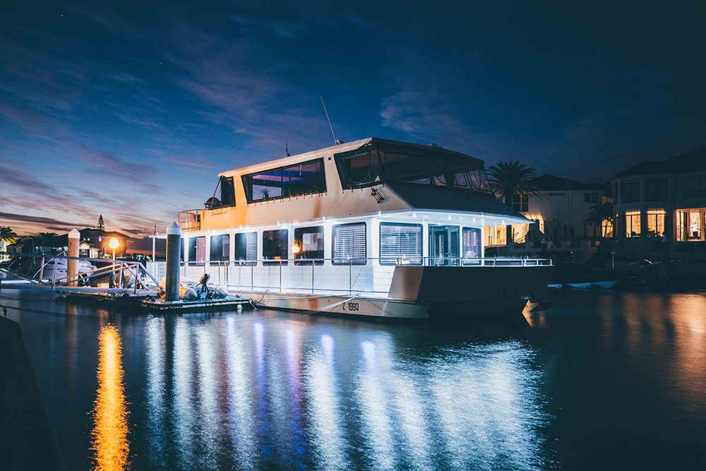Luxury Houseboat Hire Australia