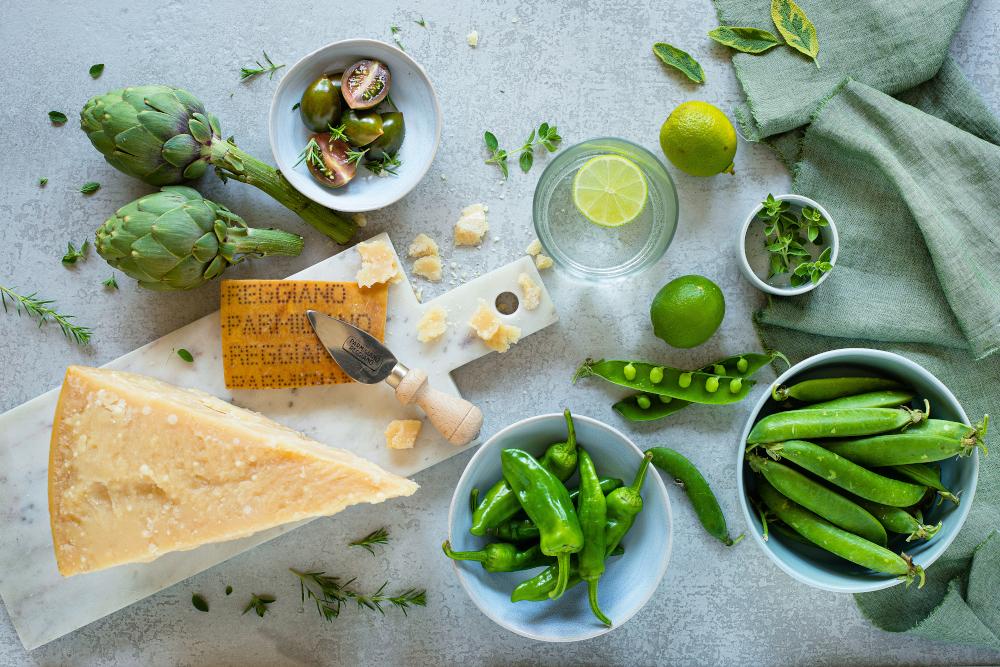 Parmigiano Reggiano spread with artichokes and fresh peas