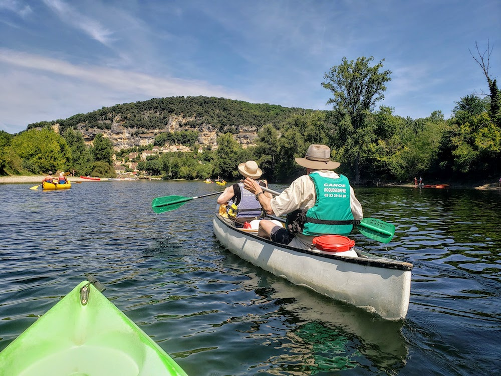 Canoeing down the Dordogne river